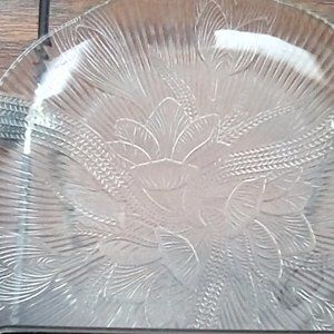 GLASS SAUCER PLATE BY ARCOROC (FRANCE)